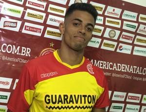 Gustavo zagueiro do América-RN (Foto: Carlos Cruz/GloboEsporte.com)