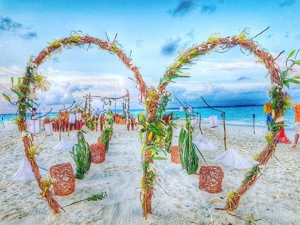 O casamento de Isabeli Fontana e Di Ferrero nas Maldivas (Foto: Reprodução/ Instagram)