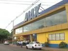 Rede de supermercados fecha loja e demite funcionários em Foz do Iguaçu