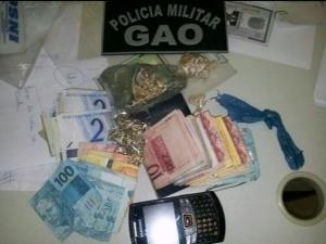Parte do material apreendido durante operação. (Foto: Reprodução/TV Gazeta)