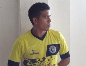 Igor, lateral do ASA (Foto: Leonardo Freire/GloboEsporte.com)