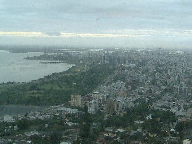 Sexta começa nublada e com risco de chuva na metade Norte do RS
