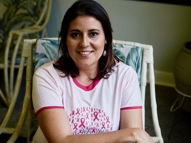 Curada de um câncer, Cláudia Rocha desenvolve projeto para autoestima de pacientes. (Foto: Divulgação/Projeto União Rosa)