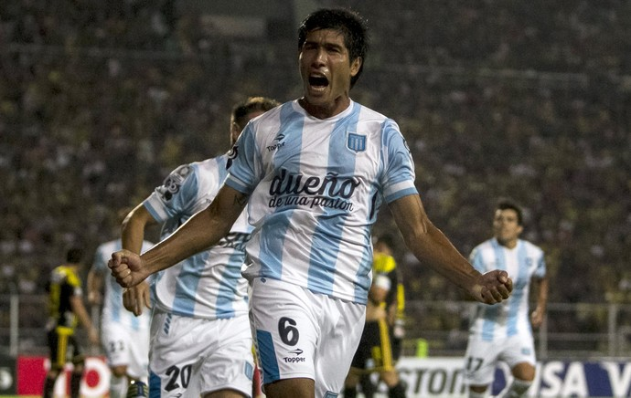 Luciano Lollo gol Racing (Foto: EFE)