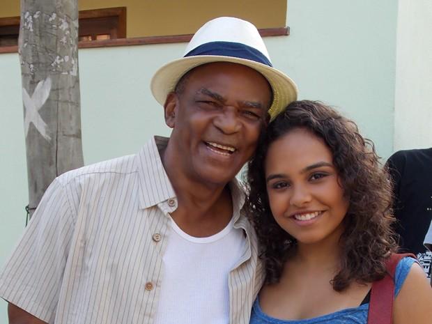 Antônio Pitanga elogia atitude da personagem da atriz Ana Beatriz Cisneiros
