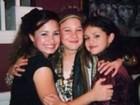 Selena Gomez aparece com Demi Lovato em foto do baú