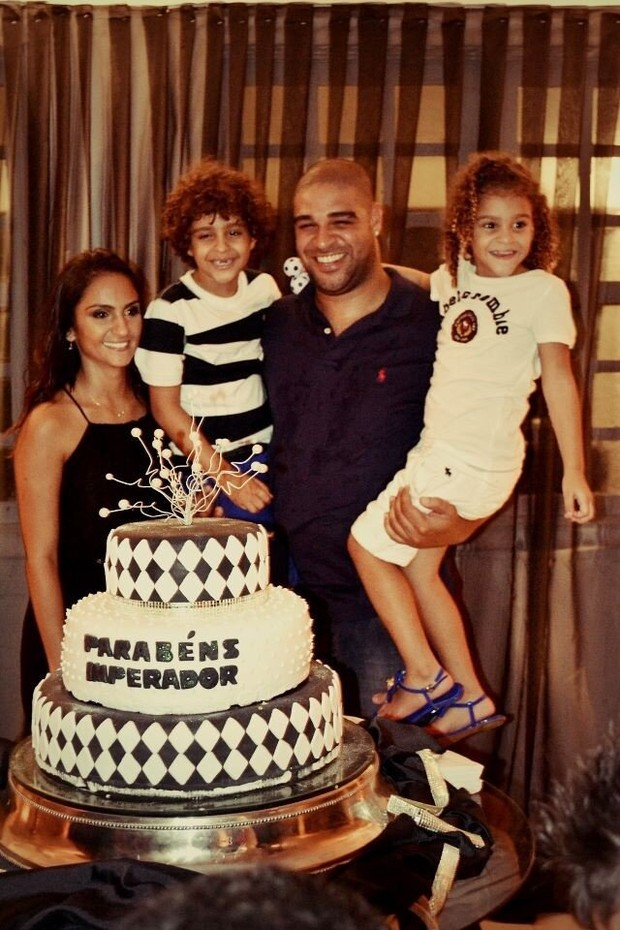 Adriano (Foto: Twitter/Reprodução)