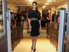 Deborah Secco participa de lançamento de coleção de roupas