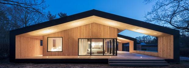 Arquitetura de casa dinamarquesa inspira-se em matrioskas russas (Foto: Divulgação)
