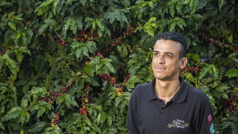 renato-souza-dona-cafe-nenem-patrocinio (Foto: Marcelo Min/Ed. Globo)