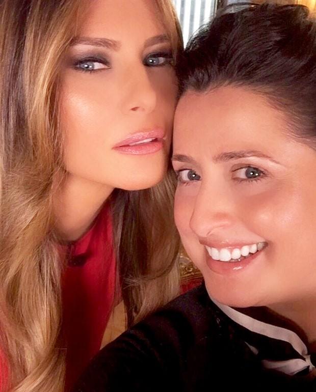 Melania Trump com sua maquiadora, Nicole Bryl (Foto: Reprodução)