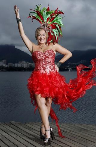Ensaios de Carnaval - Susana Vieira e David Brazil (Foto: Marcos Serra Lima/ EGO)