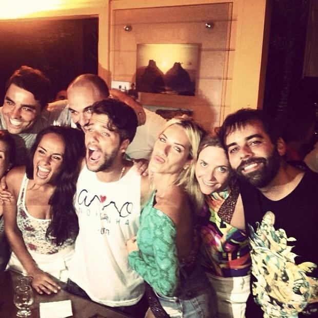 Bruno Gagliasso comemora aniversário com amigos (Foto: Reprodução/ Instagram)