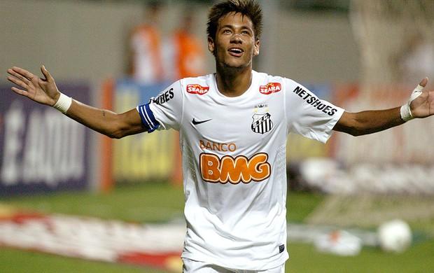 Neymar comemora gol do Santos contra o Cruzeiro (Foto: Pedro Vilela / Ag. Estado)