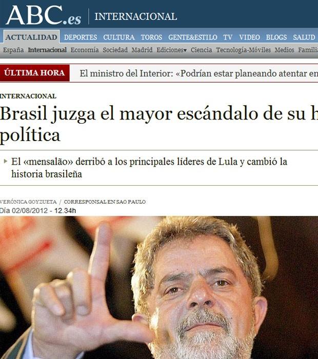 O espanhol 'ABC' deu destaque para uma foto de Lula e diz que o mensalão é o maior escândalo da história brasileira (Foto: Reprodução)