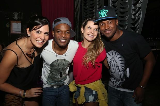 Carol Sampaio, Barriga, Fernanda Souza e Thiaguinho (Foto: Miguel Sá / Divulgação)