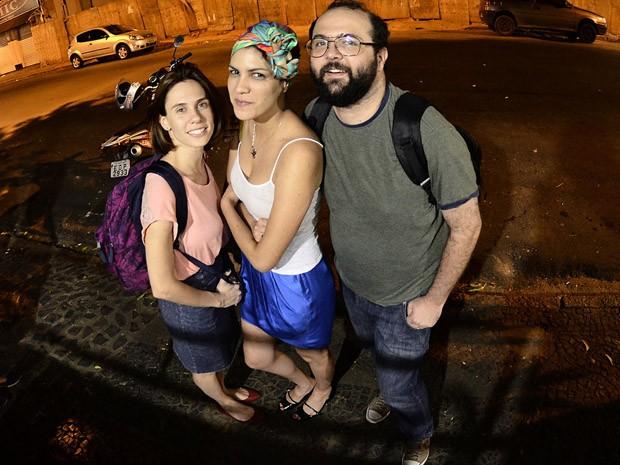 Trio de escritores: Anna Zêpa, Sinhá e Daniel Minchoni estarão em Poços (Foto: Márcio Salata)
