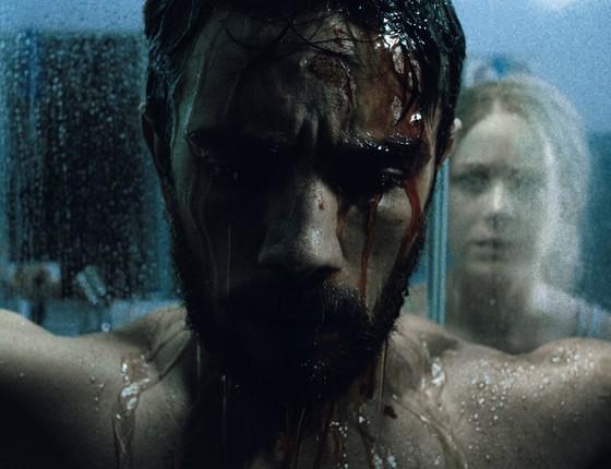 Rafael Cardoso e Leandra Leal em cena de O rastro: filme estreia no ano que vem  (Foto: Divulgação)