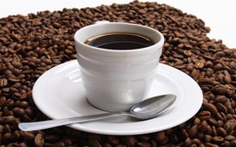 Café: 4 xícaras por dia reduzem em 25% a incidência de câncer de útero, diz estudo
