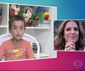 Ivete se emociona ao rever depoimento do filho, Marcelinho (Foto: TV Globo)