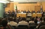 """""""Maracanã é estádio neutro"""", afirma Eurico Miranda em audiência pública"""