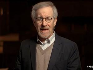 O cineasta Steven Spielberg irá produzir um seriado sobre o jogo HALO exclusivamente para o Xbox One.  (Foto: Reprodução)