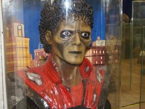 Busto de Michael Jackson (Foto: Foto: Lívia Torres)