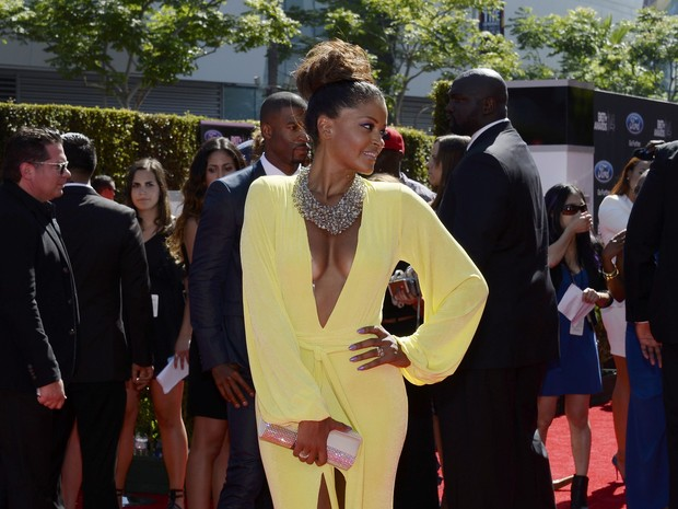 Claudia Jordan no BET Awards em Los Angeles, nos Estados Unidos (Foto: Kevork Djansezian/ Reuters)