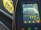 PRF flagra mais de mil veículos em alta velocidade em estradas do RS