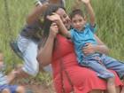 'Microcefalia não é o fim', diz mãe que comemora as conquistas do filho