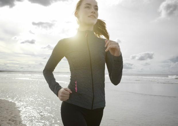 Sem dores! 5 passos para melhorar sua postura durante a caminhada