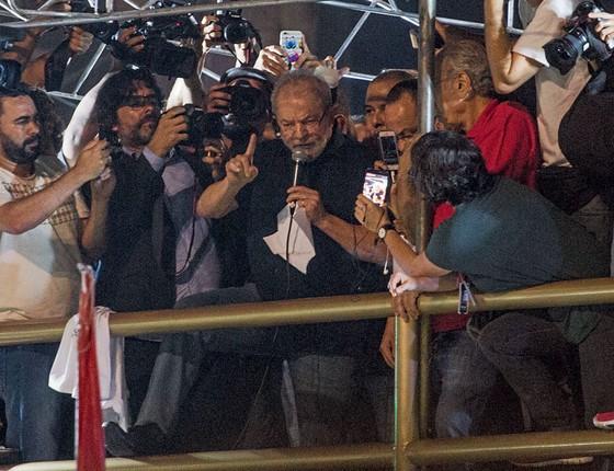 Lula discursa em São Paulo,na semana passada.No palanque ,ele atacou a refor,ma da previência (Foto:  )