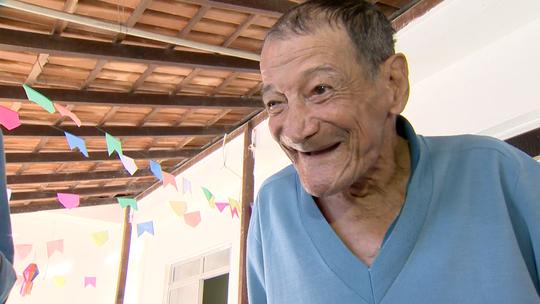'EMME' vai a abrigo saber o que idosos querem ganhar no Dia dos Avós