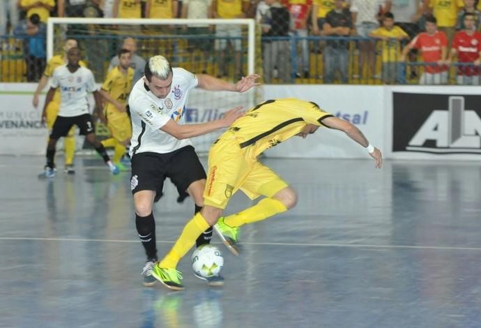 Assoeva x Corinthians - Semifinal da LNF (Foto: Roni Muller)