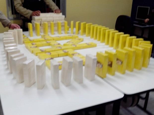 Cocaína Fernão Dias (Foto: Divulgação/PRF)