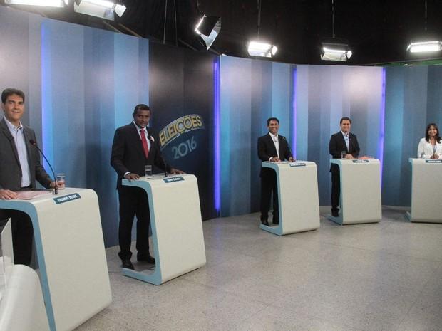 Candidatos a prefeito de São Luís no estúdio da TV Mirante (Foto: Biaman Prado / O Estado)