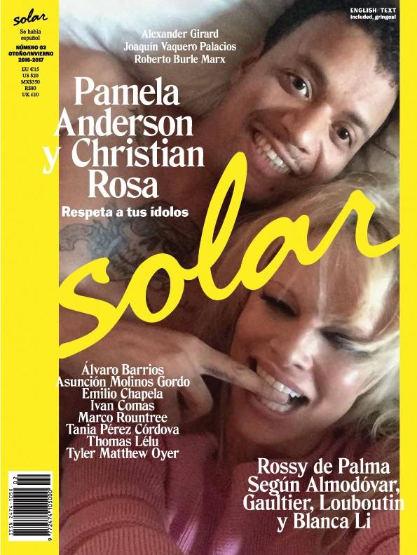 Capa da Solar Magazine com Pamela Anderson (Foto: Reprodução)