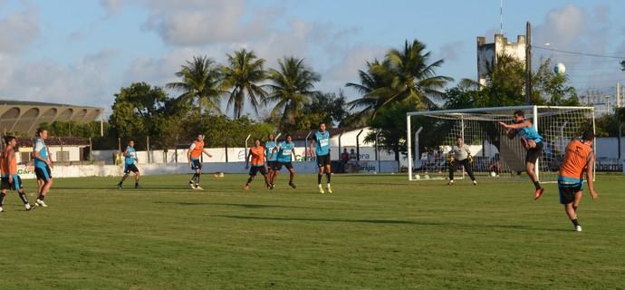 Treinamento, Maravilha do Contorno, Botafogo-PB (Foto: Lucas Barros / GloboEsporte.com/pb)