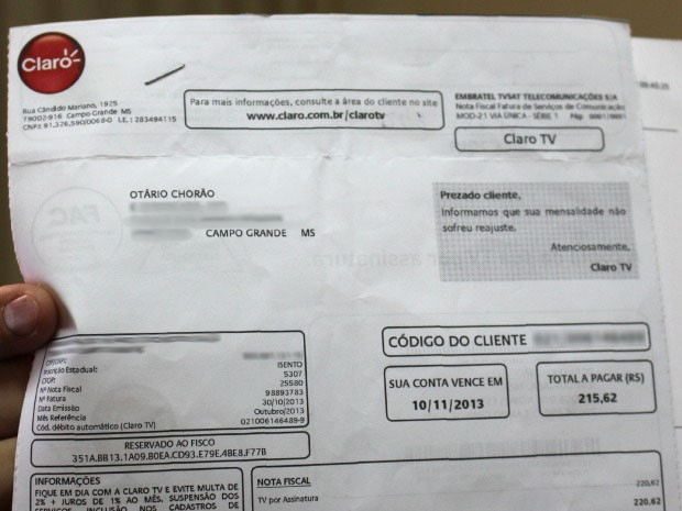 Fatura endereçada a Otário Chorão (Foto: Gabriela Pavão/G1 MS)