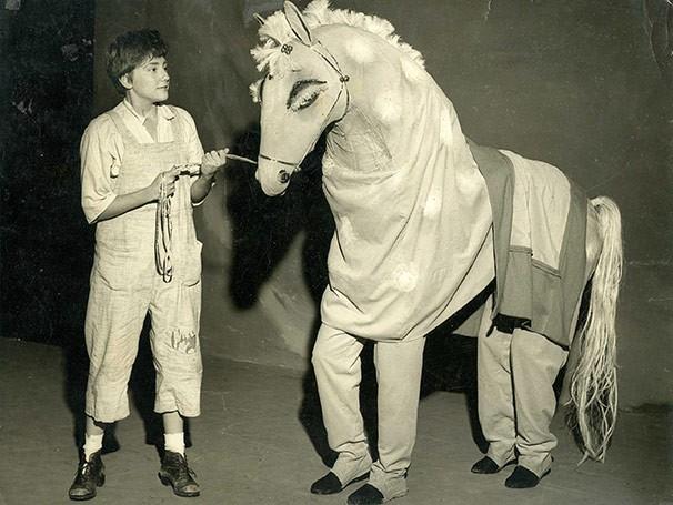 'O Cavalinho Azul' é uma montagem de 1960 (Foto: Acervo O Tablado)