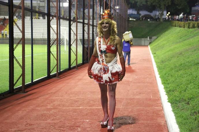 Princesa torcedor vestido a caráter (Foto: Adeilson Albuquerque)