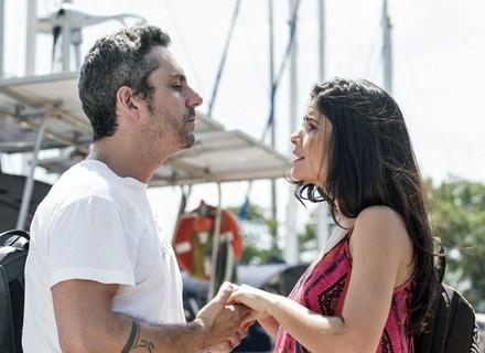 Romero pede Tóia em casamento, mas ela recusa e termina tudo