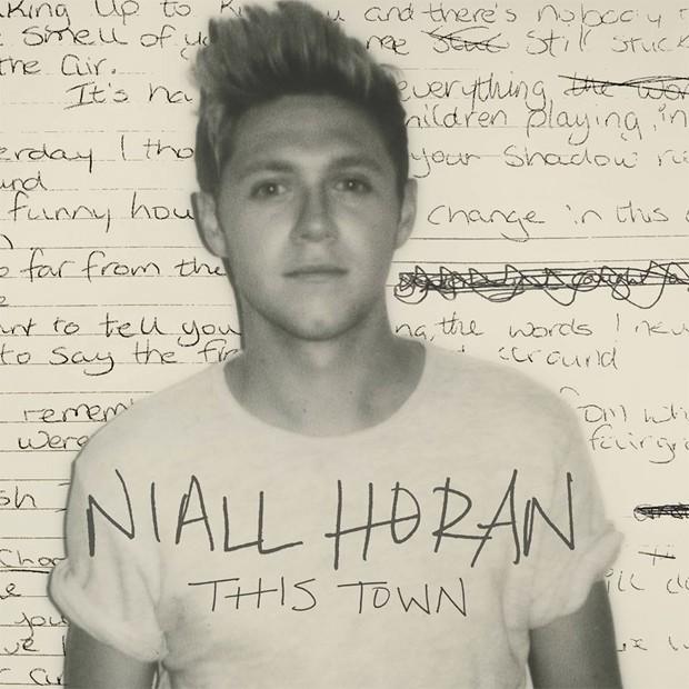 Niall Horan na capa do single 'This town', primeiro de sua carreira solo (Foto: Divulgação)