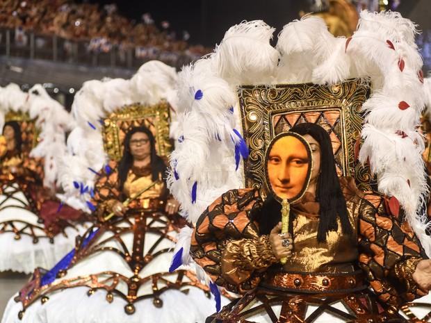 Ala das baianas da Vai-Vai (Foto: Flavio Moraes/G1)