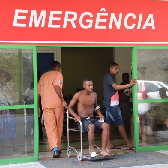 Paciente atendido em hospital público no Rio de Janeiro. Medidas extras para a Olimpíada não são suficientes, diz CFM (Foto: Zulmair Rocha/UOL/Folhapress)