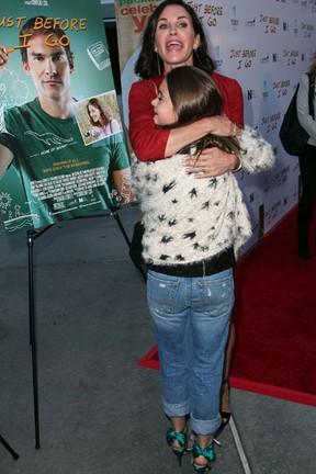Courteney Cox e a filha, Coco Riley Arquette, em première em Los Angeles, nos Estados  (Foto: David Buchan/ Getty Images/ AFP)