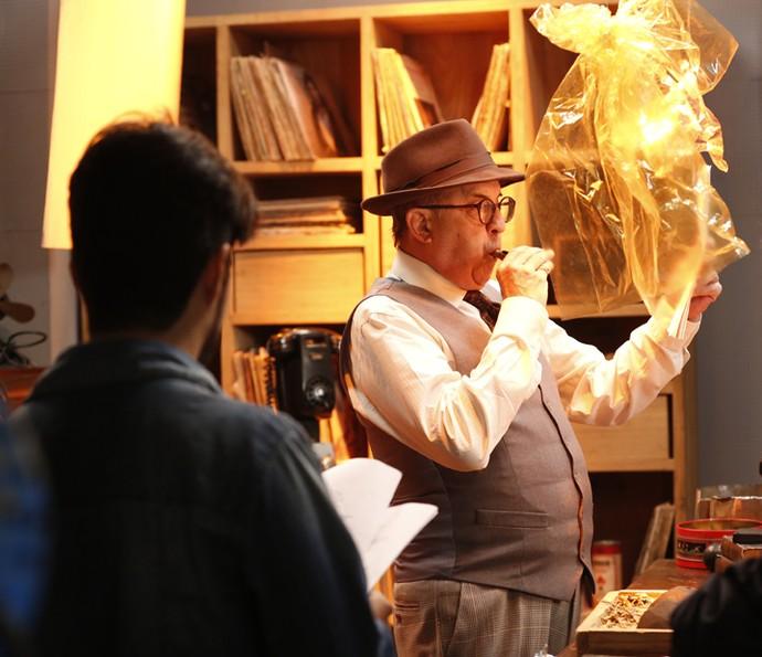 Diego Moraes dirige Cláudio Tovar (Foto: Ellen Soares/Gshow)