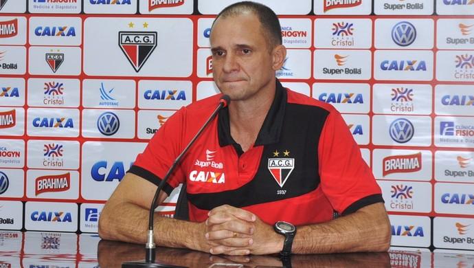 Wagner Lopes, técnico do Atlético-GO (Foto: Guilherme Gonçalves/GloboEsporte.com)
