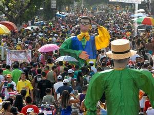 'A Banda' atraiu multidão de foliões na Terça-feira Gorda, em Macapá  (Foto: Gabriel Penha/G1)