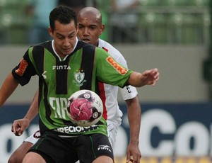 luiz alberto atlético-pr x américa mineiro (Foto: Carlos Roberto/Hoje em Dia/Futura Press)